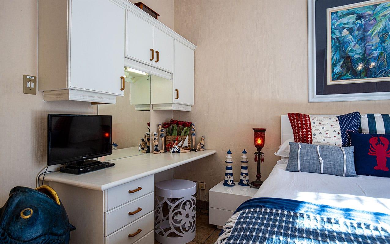 vaal-river-lodge-room1-3
