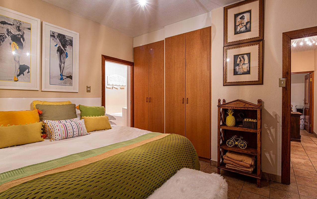 vaal-river-lodge-room2-5