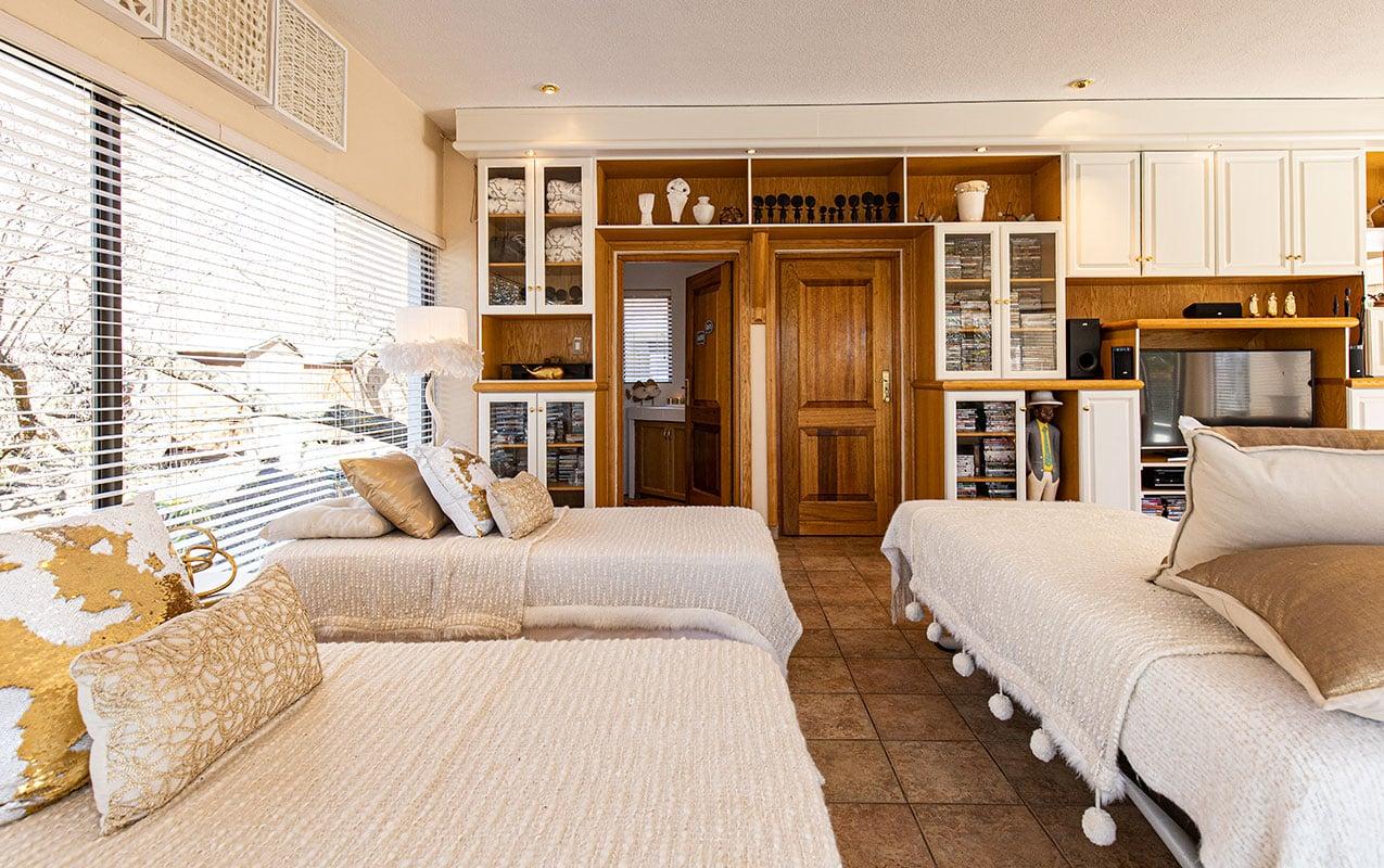 vaal-river-lodge-room3-8