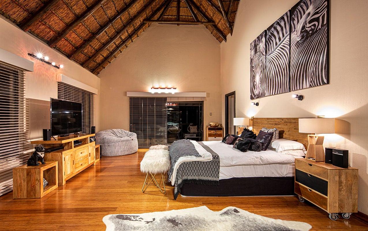vaal-river-lodge-room6-9
